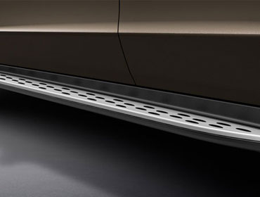 Brushed Aluminum Running Boards With Rubber Studs